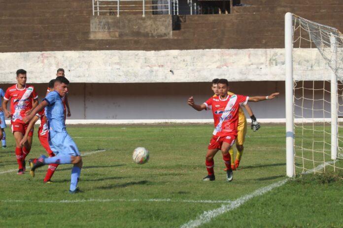 Em partida válida pela segunda rodada do Campeonato Sul-Mato-Grossense Sub-20, primeiro tempo terminou empatado em 1 a 1, na segunda etapa ABC marcou outros 3 gols. Foto: Franz Mendes.